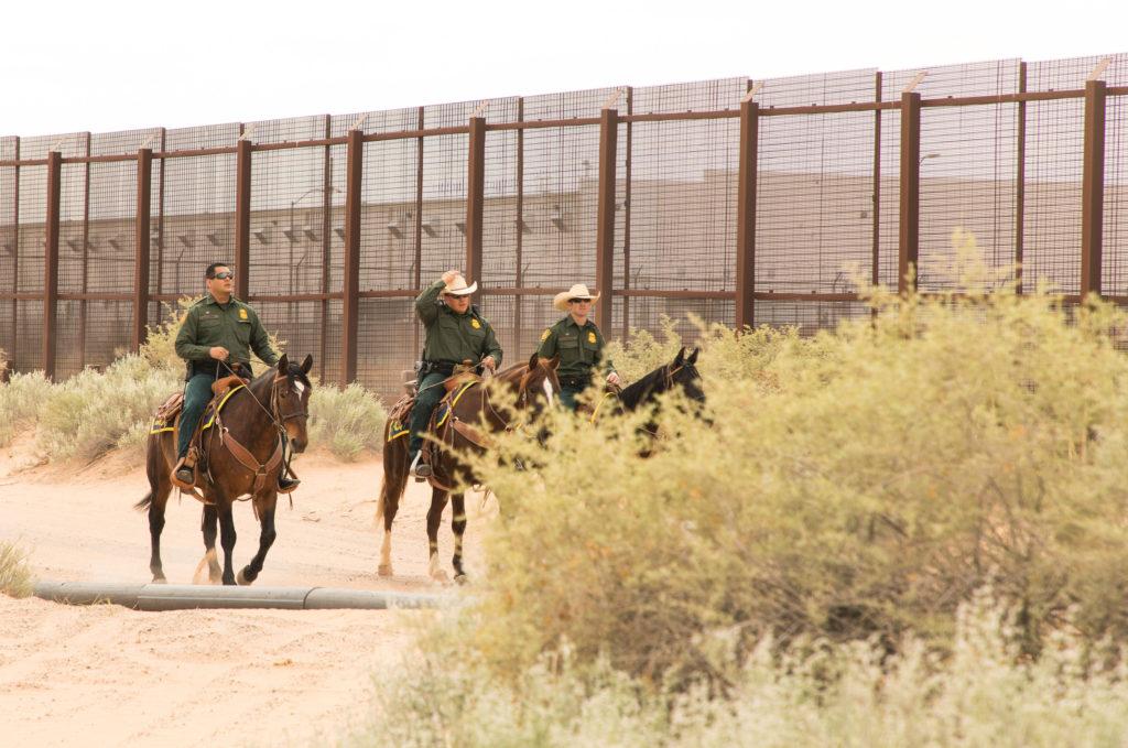 Construção do muro na fronteira do México e Estados Unidos (Mani Albrecht/Fotos Públicas)