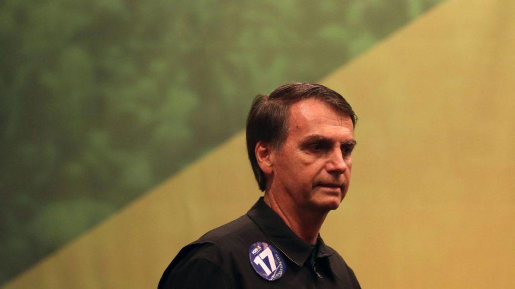 El candidato ultraderechista del partido PSL a la presidencia de Brasil, Jair Bolsonaro, el pasado 11 de octubre de 2018, en Río de Janeiro (Brasil). Foto: MARCELO SAYÃO (EFE/Reprodução do El País)