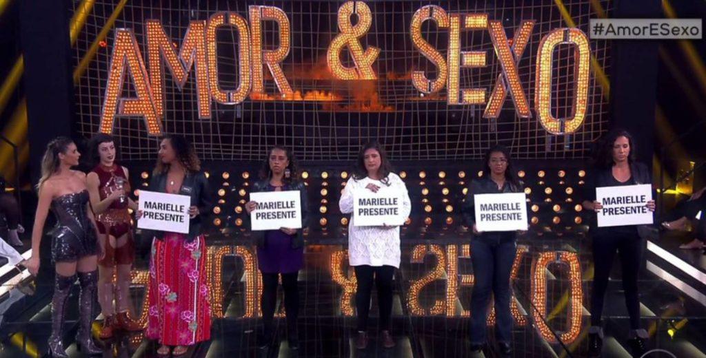 Amigos e familiares fazem um tributo à Marielle Franco no programa Amor & Sexo. TV GLOBO (Reprodução do El País)